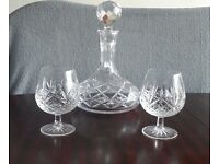 Glass Decanter with 2 glasses