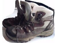 Ladies Scarpa Walking Boots sz 7 *New Price*