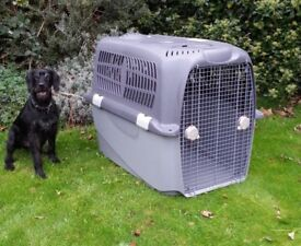 Airline approved dog crate. Giant size.