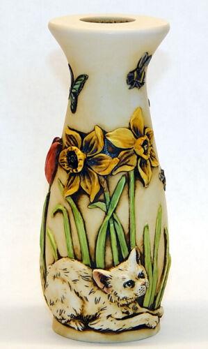 Harmony Kingdom Ar Neil Eyre Designs Kitty Cat butterfly tulip daffodil bee vase