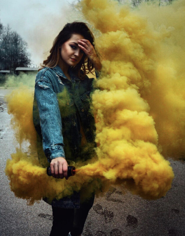 Enola Gaye Yellow Wire Pull Micro Smoke Grenade - Video Or Photography Effects