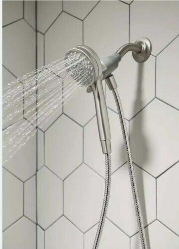 Moen- Attract Magnetix- 26000SRN - 6 Spray Shower Head 3.75 inch- Brushed Nickel