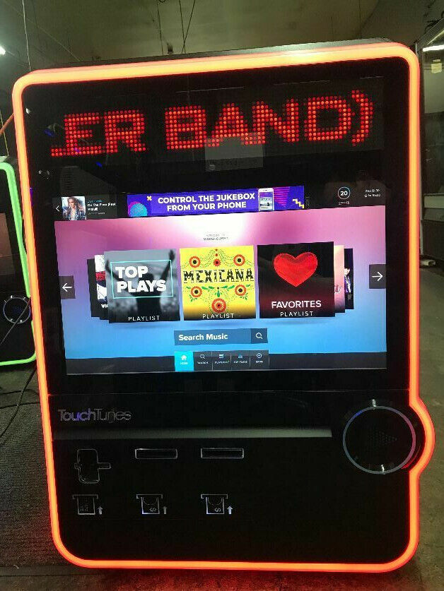 Photo TouchTunes Virtuo Digital Jukebox