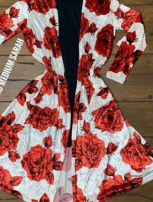 NWT LuLaRoe M SARAH CARDIGAN SWEATER VELVET VELOUR WHITE RED ROSES CHRISTMAS ()