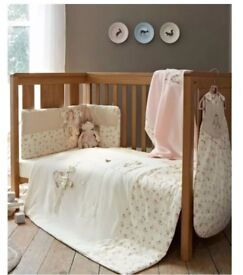 Mama & Papas Girls Once Upon a Time Bedding
