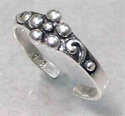 *ADORABLE*_ FLORAL SILVER BEAD TOE  RING