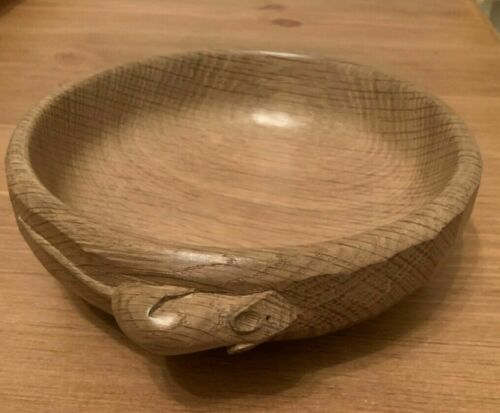 Mouseman Robert Thompson Nut Bowl Hand Carved Medium Oak Genuine Perfect Cond
