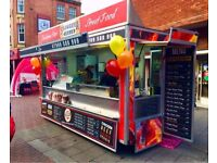 Burger Van Catering Trailer + PITCH In CENTRAL TOWN BEDFORD - Running Business