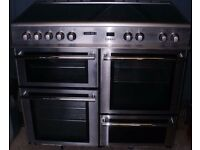 """ELECTRIC RANGE COOKER A """"LEISURE CUISINE MASTER 100"""" Electric Range Cooker. In Stainless Steel"""