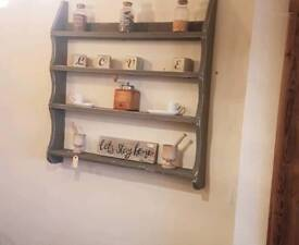 Pine painted shelve