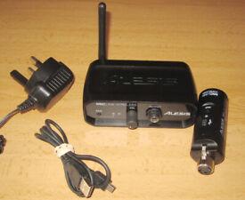 Alesis Miclink Wireless - Universal Wireless Microphone XLR Adapter