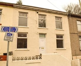 TO LET! Renovated 3-bedroom house in Margaret Street, Pontygwaith £475 PCM