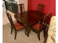 Solid Mahogany table - Extendable with 6 chairs