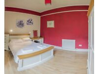 One bedroom apartment in Waverley Park beside the Holyrood house