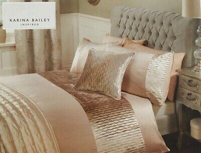Vanessa Ripple Velvet | Double Size Duvet Bedding Set | Gold/Beige | Brand New