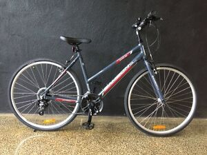 Samson Cycles metro-8W 24 speed step through hybrid $379.00 Brunswick Moreland Area Preview