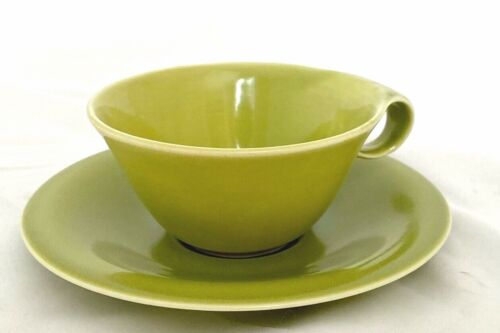 RUSSEL WRIGHT Rare Mid Century Modern Chartreuse HIGHLIGHT SET 8 CUPS/SAUCERS