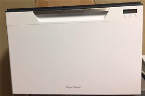 2 Year Old Fisher And Paykel White Draw Dishdrawer Dishwasher Preston Darebin Area Preview