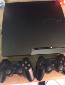 PS3 160GB 2 controllers w/ 15 Games