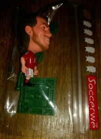 Gareth Bale action figure with Wales kit on with 11 bale on back brand new