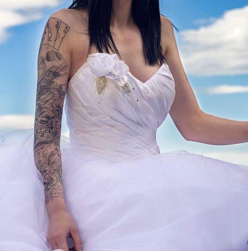 Veromia VR61067 White Wedding Dress, Size 10