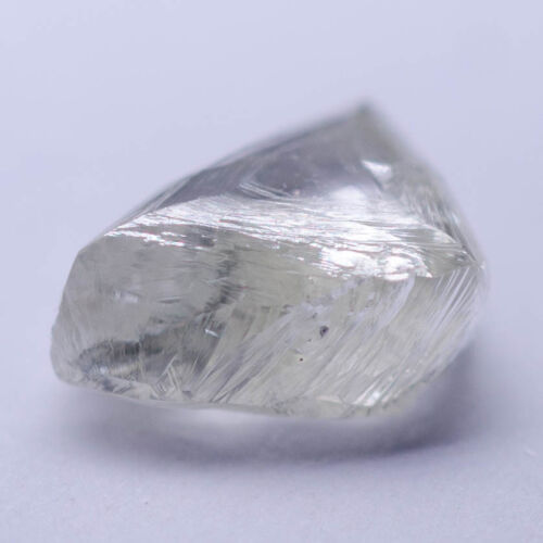 0.70 Carat WHITE - I MACKLE Diamond Natural Rough Untreated