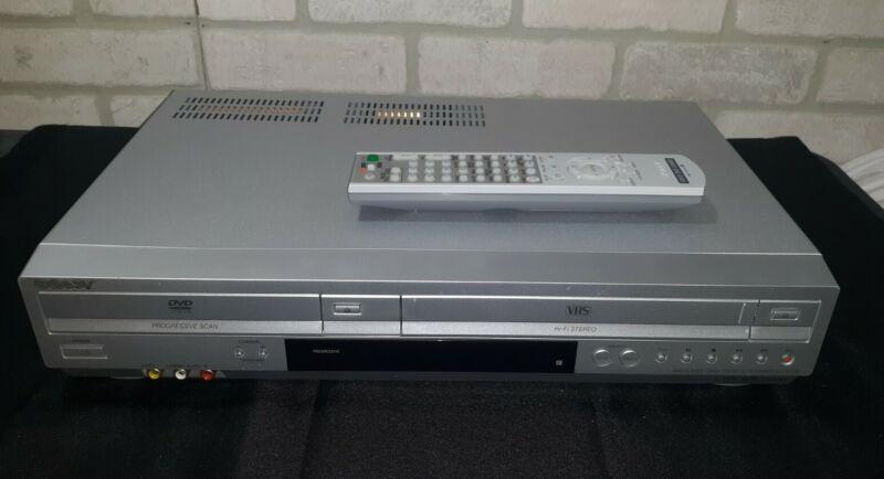 Sony SLV-D370P DVD/VHS Combo Recorder W/ Remote & AV Cables