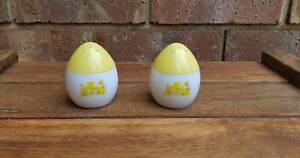 Avon White and Yellow Salt and Pepper Shakers Golden Grove Tea Tree Gully Area Preview