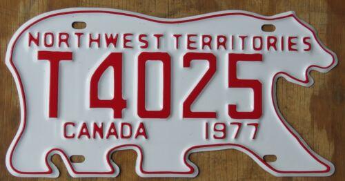 BEAR - NORTHWEST TERRITORIES CANADA license plate   1977   T4025