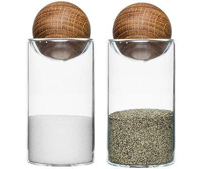 Salzstreuer und Pfefferstreuer Set Glas / Eichenholz Gewürzstreuer  von Sagaform