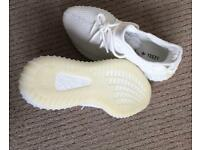 YEEZY white/cream 350 V2- size 7