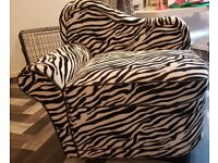 Zebra modern style chair