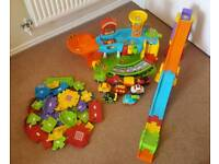 Vtech Toot Toot Drivers Garage, Track, Rampway and 8 cars