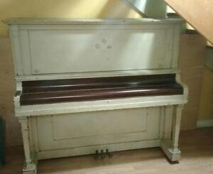 FREE USED UPRIGHT PIANO