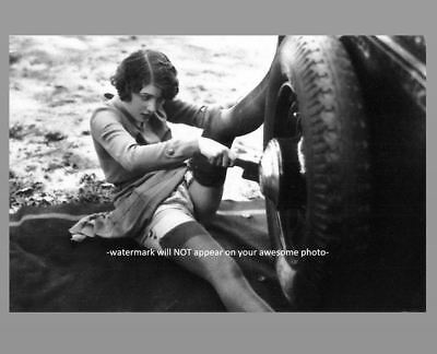Sexy Girl Stockings PHOTO Changing Tire, Flapper Gorgeous Hot Legs 1920s - Flapper Girls