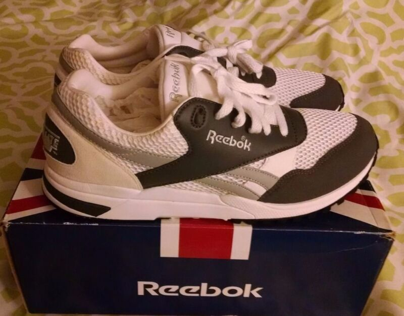 1-134796 Reebok Lifestyle Racer X Cosmo White / Grey Size 12 Hexalite New in Box