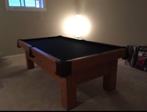8' Pool Table Delivered/Installed YOU CHOOSE THE FELT COLOUR