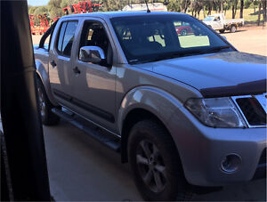 2012 Nissan navara stx 540 Albury Albury Area Preview