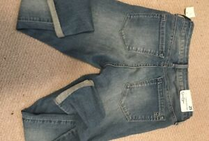 Brand new Jessica Simpson cropped jeans