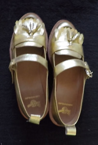 Dr Martens Air Wair GOLD leather shoes size 9 women