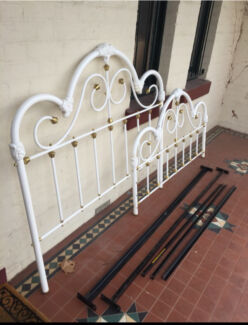 Vintage Bed Frame  Clifton Hill Yarra Area Preview