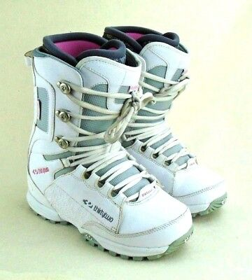 Thirty Two Womens Lashed - Thirty Two Womens Lashed Snowboard Boots sz. 9