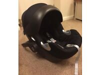 Cybex Aton Q car seat and Isofix base