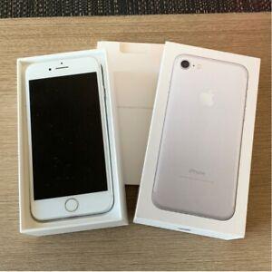 iPhone 7 Silver 32gb. Unlocked.