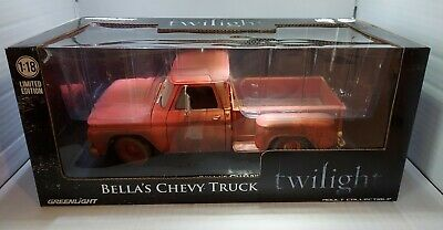 Greenlight Collectibles Twilight 2008 Bellas Chevy Truck 1:18 Scale Die Cast VHF