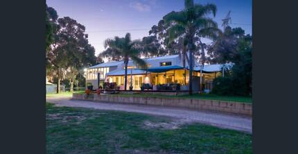Bring Your Horses&Pets-Beautiful Home-8 Paddocks-Huge Shed