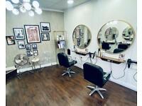 Hairdresser/salon chair to rent