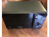Black Samsung Solo microwave oven (800W)