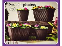 Set of 4 Rattan planters- 2 different sets