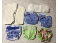 Bundle of cloth nappies and liners